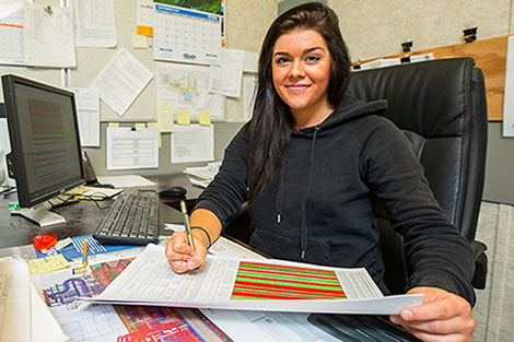 16-071_26_3_tilbury_apprentice_samantha_article_470